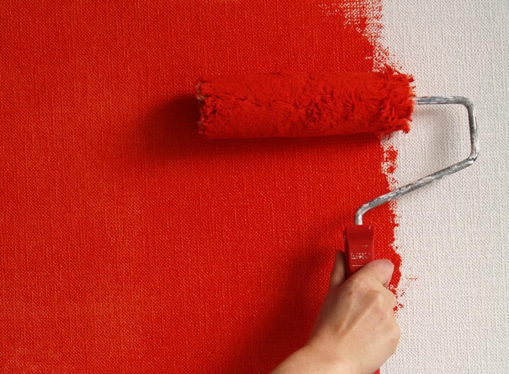 фарбування стін валиком
